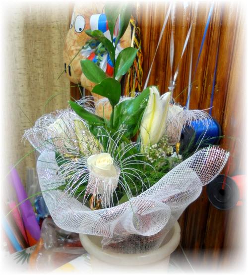 Оформление цветов своими руками букеты сетка 89